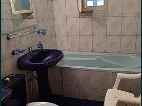 Apartament de vânzare 3 camere, în Vaslui, zona Traian
