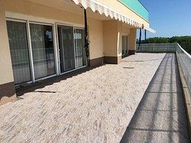 Apartament de vânzare 4 camere, în Neptun, zona Central