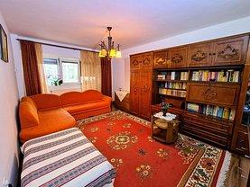 Apartament de vânzare 3 camere, în Brăila, zona Călăraşi