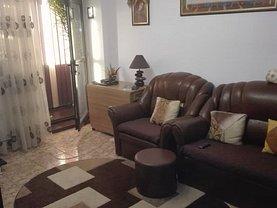Apartament de vânzare 4 camere, în Buzău, zona Central