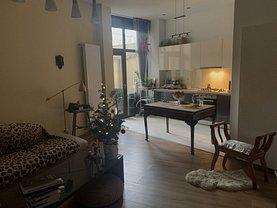 Apartament de vânzare 3 camere, în Bucureşti, zona Kogălniceanu