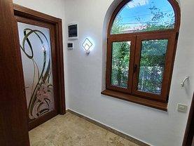 Apartament de închiriat 4 camere, în Bucureşti, zona Cotroceni