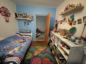 Apartament de vânzare 4 camere, în Baia Mare, zona Central