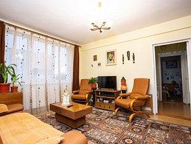 Apartament de vânzare 3 camere, în Râşnov, zona ISR