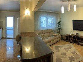 Apartament de vânzare 3 camere, în Braşov, zona Judeţean