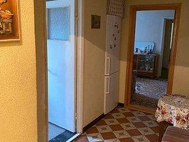 Apartament de vânzare 3 camere, în Brăila, zona Hipodrom