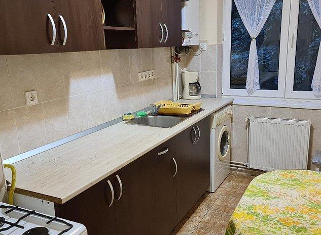Inchiriez apartament 2 camere cu loc de parcare acoperit in 7 Noiembrie - imaginea 1
