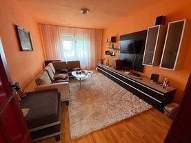Apartament de vânzare 3 camere, în Târgu Mureş, zona Mureşeni