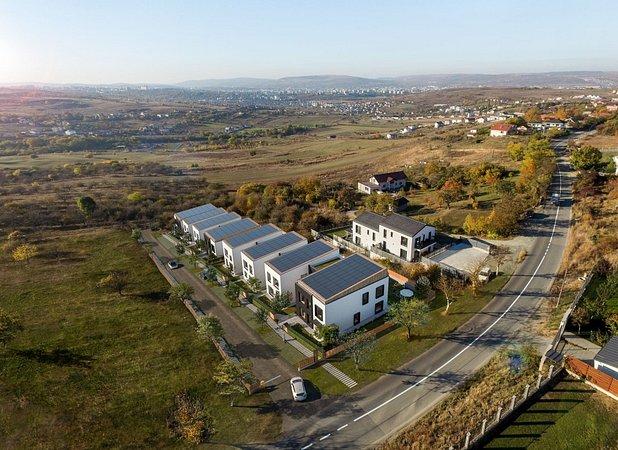 ansamblu rezidential Sol Residence